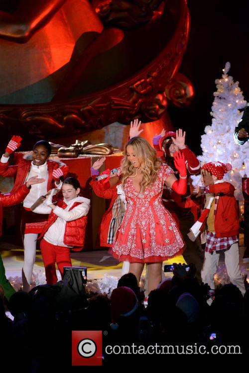 Mariah Carey, Tree Lighting Ceremony and Rockefeller Center 12
