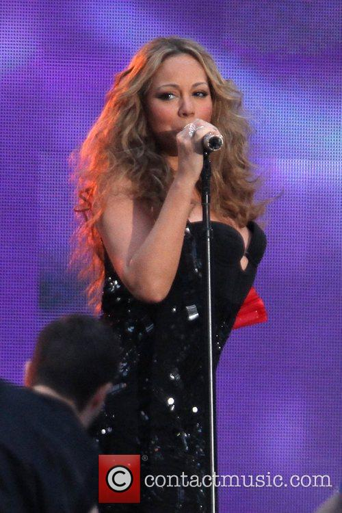 mariah carey performs during the 2012 nfl 5905162