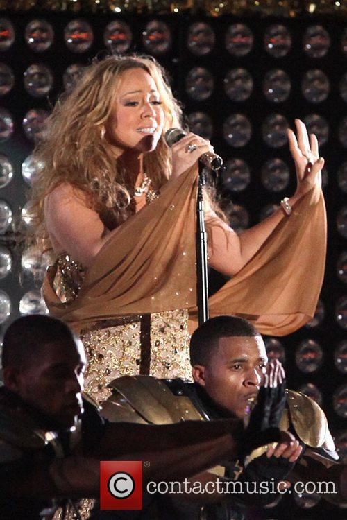 mariah carey performs during the 2012 nfl 5905173