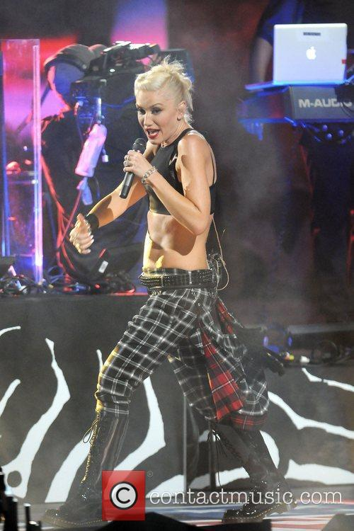 Gwen Stefani and No Doubt 10