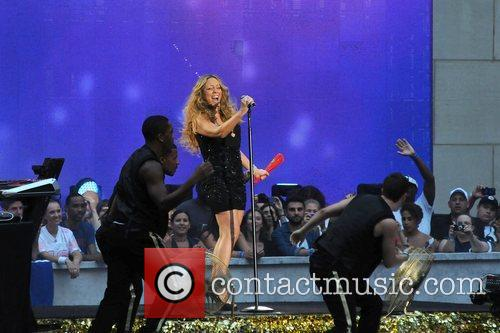 mariah carey performs during the 2012 nfl 4060357