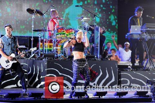 Gwen Stefani and No Doubt 6