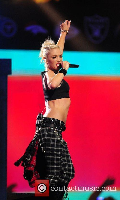 Gwen Stefani and No Doubt 26