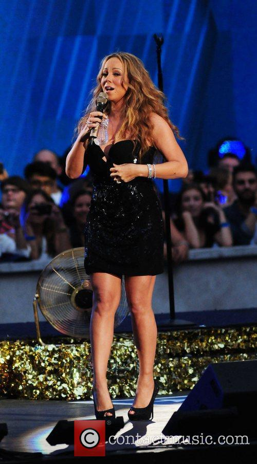 mariah carey performs during the 2012 nfl 4060702