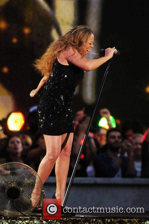 mariah carey performs during the 2012 nfl 4060708