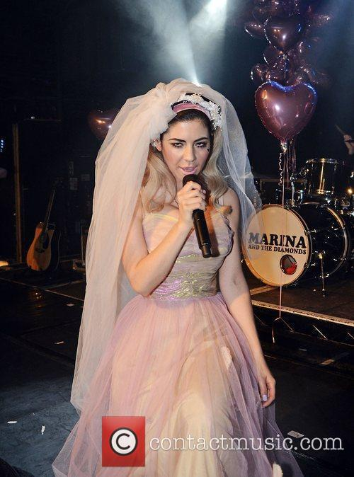 Marina Diamandis and Marina and the Diamonds 7