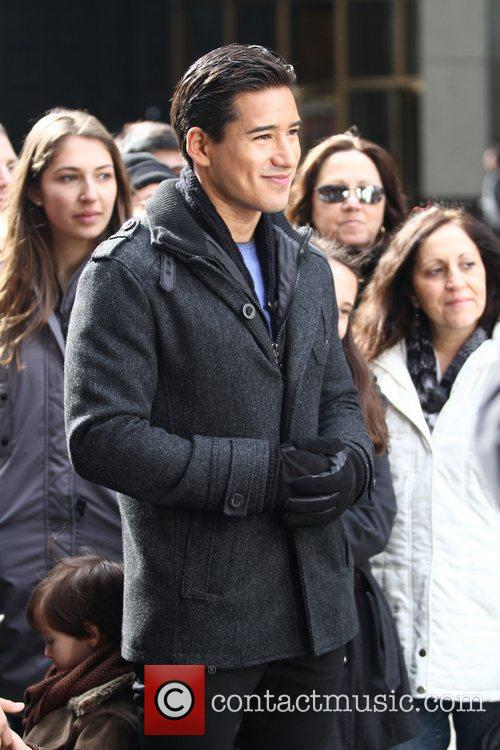 Mario Lopez and Times Square 2