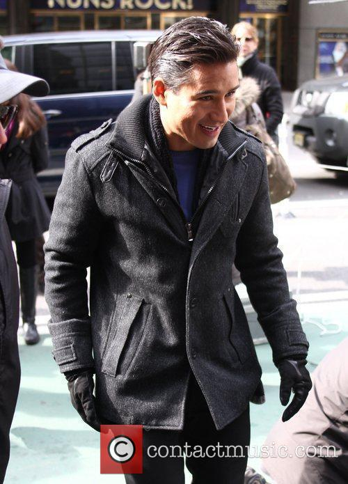 Mario Lopez and Times Square 5
