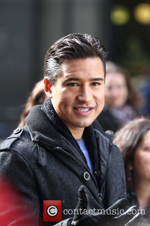 Mario Lopez and Times Square 6