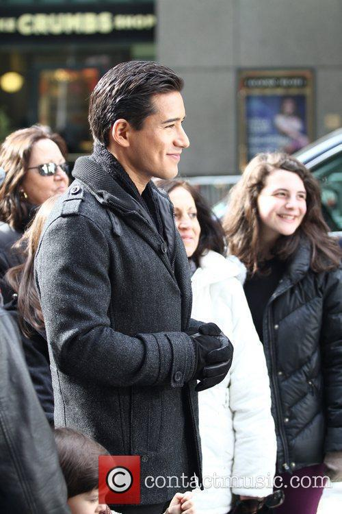 Mario Lopez and Times Square 9