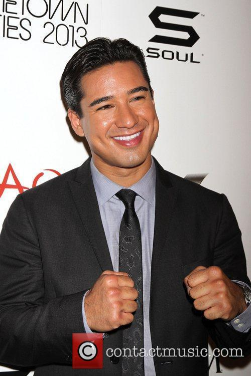 mario lopez celebrates his bachelor party at 5913791
