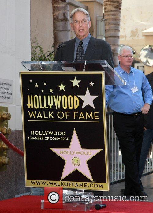 mark harmon mark harmon is honored with 5924497