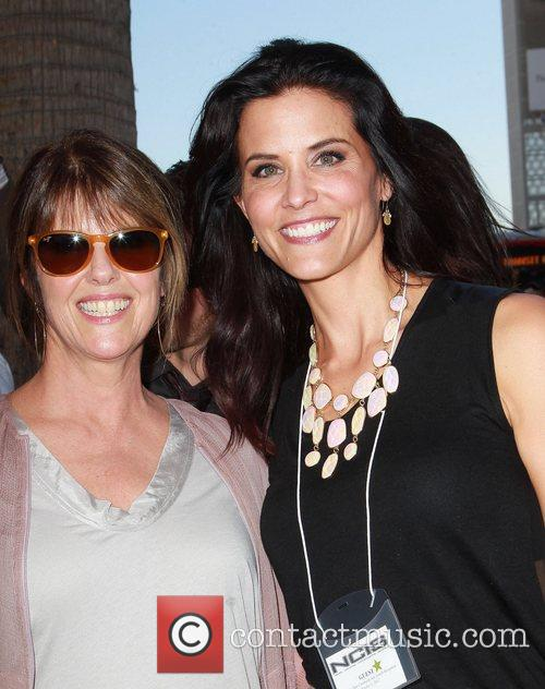 Pam Dawber and Lu Parker 6