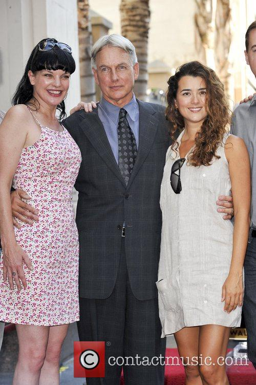 Pauley Perrette, Mark Harmon and Cote De Pablo 3