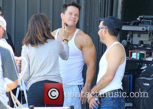 Mark Wahlberg films a chase scene for 'Pain...