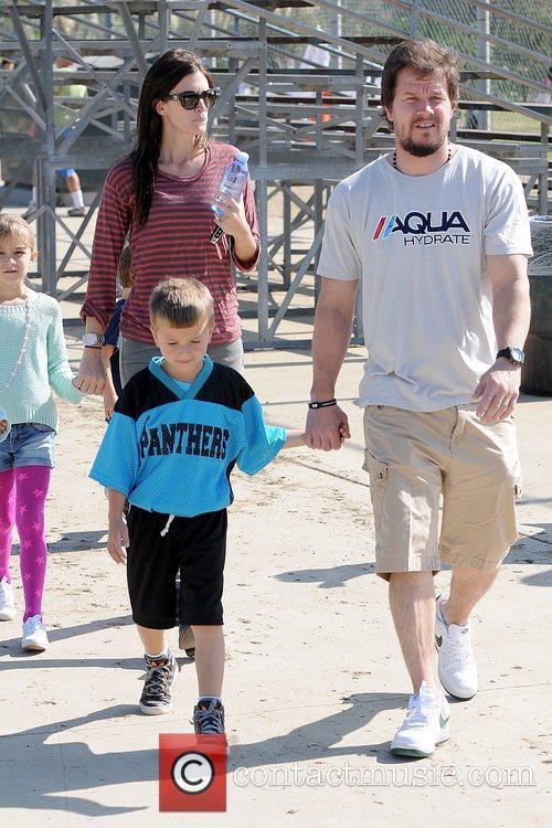 Rhea Durham, Michael Wahlberg and Mark Wahlberg 5