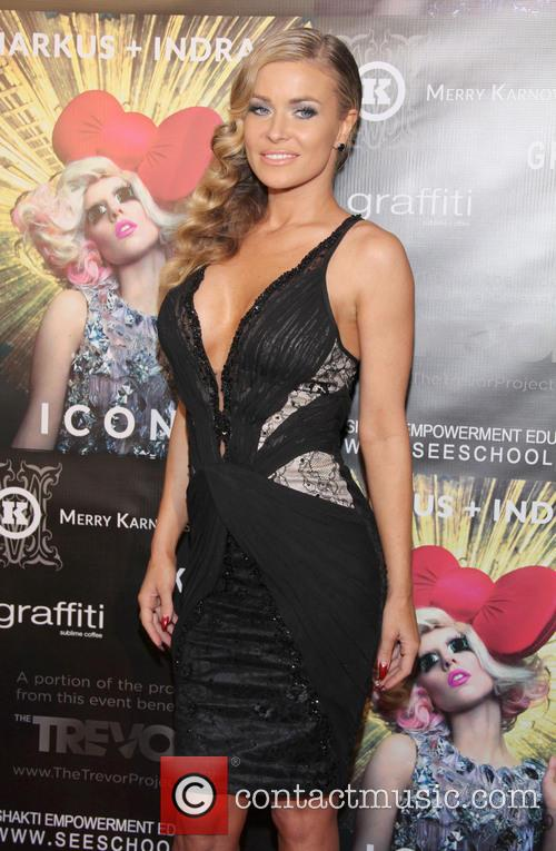 carmen electra markus indrani icons book launch 20053799