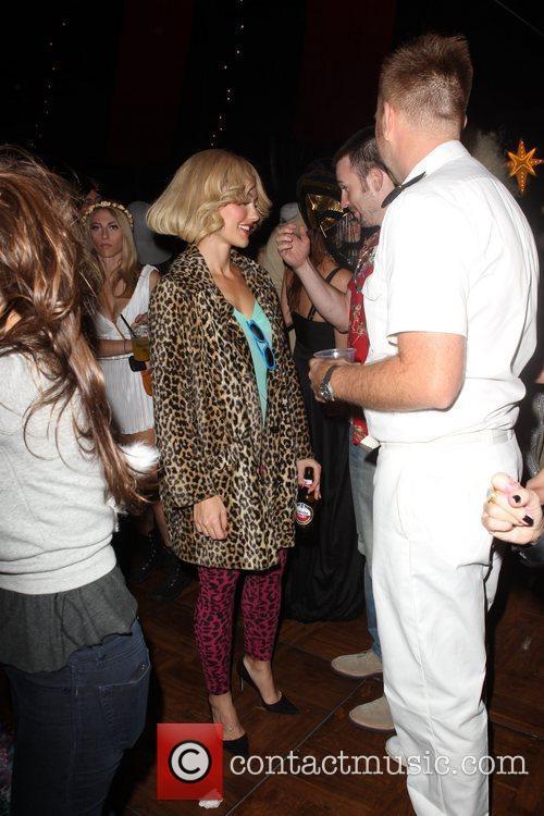Chris Evans and Minka Kelly  Patron XO...