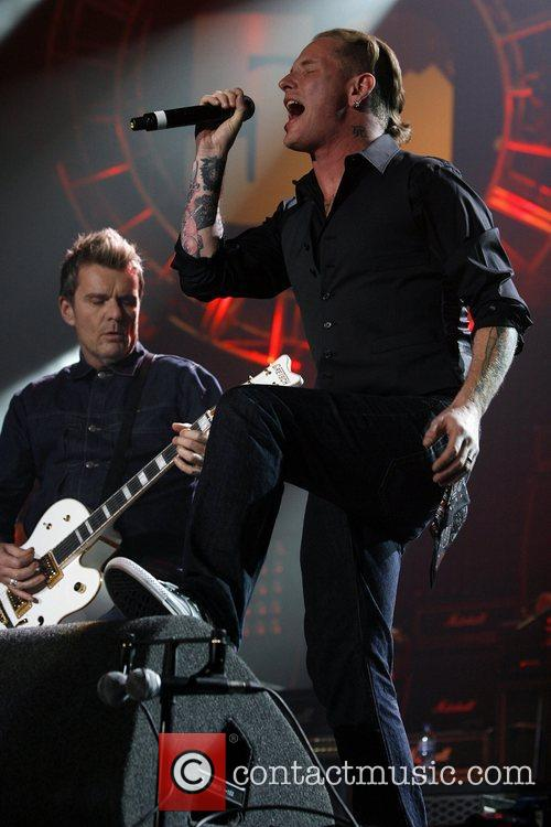 Billy Duffy and L