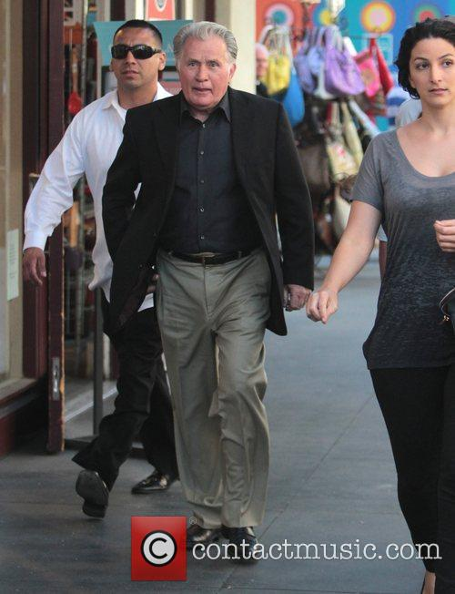 martin sheen arrives at the grove for 3875707