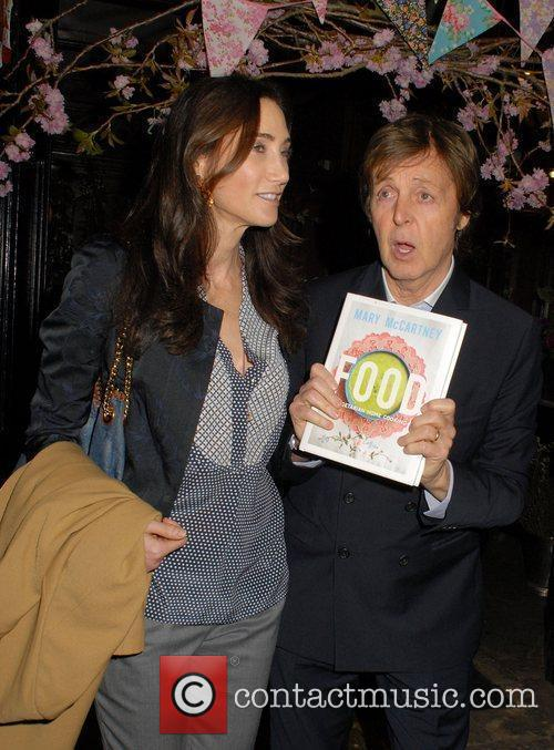 Nancy Shevell and Sir Paul Mccartney 3