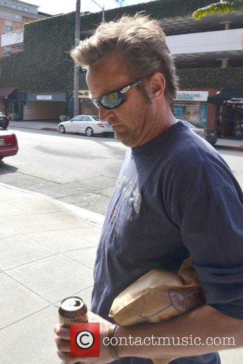 matthew perry leaving a pharmacy in beverly 5787117