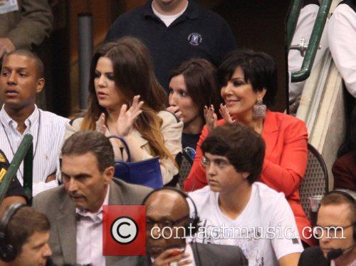 Khloe Kardashian and Kris Jenner 2