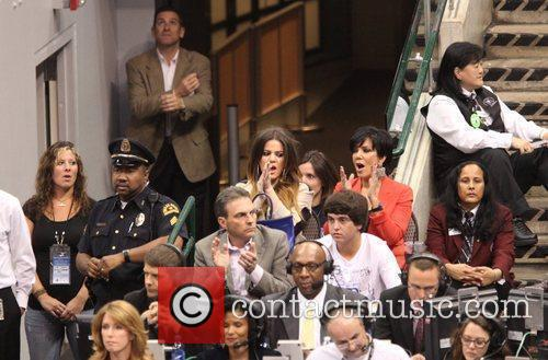 Khloe Kardashian and Kris Jenner 4