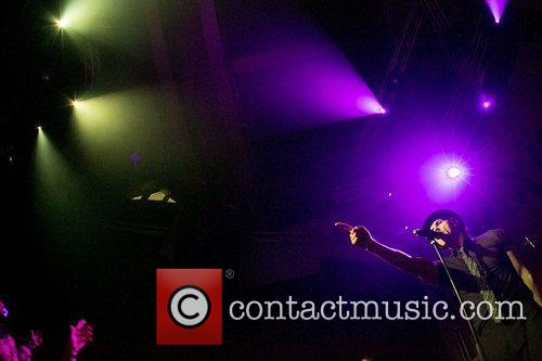 paul smith of maximo park performing live 4122625