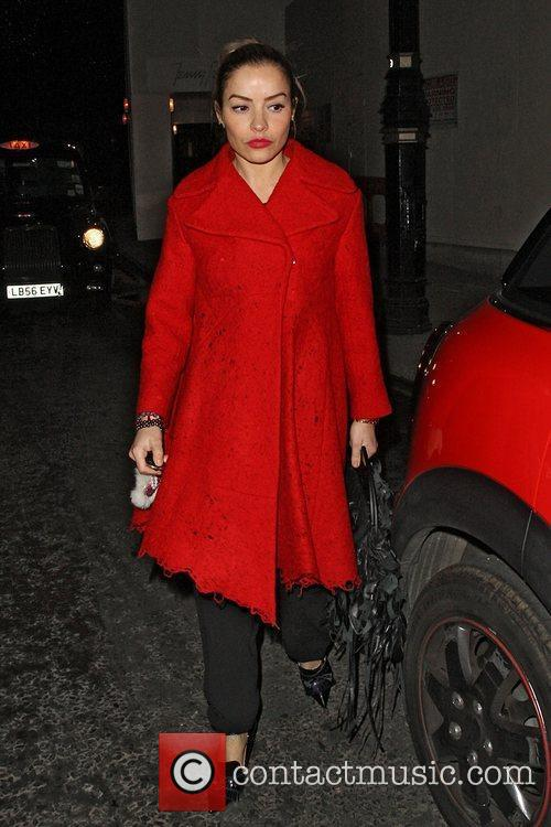 Elen Rivas returning to her car in Mayfair