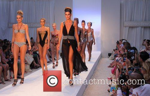 Mercedes-Benz Fashion Week Swim - Aqua Di Lara...