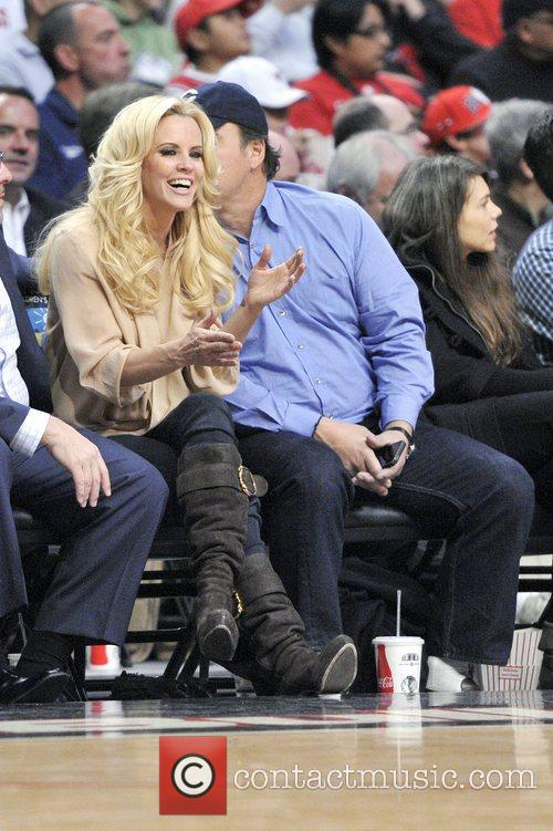 Jenny Mccarthy, James Belushi, Chicago Bulls, Milwaukee Bucks and United Center 2