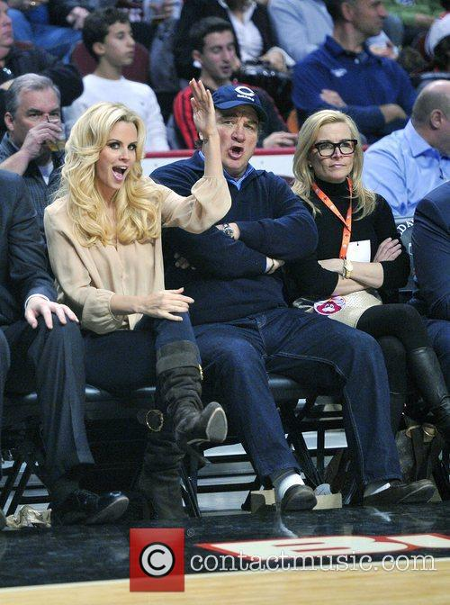 Jenny Mccarthy, James Belushi, Chicago Bulls, Milwaukee Bucks and United Center 7