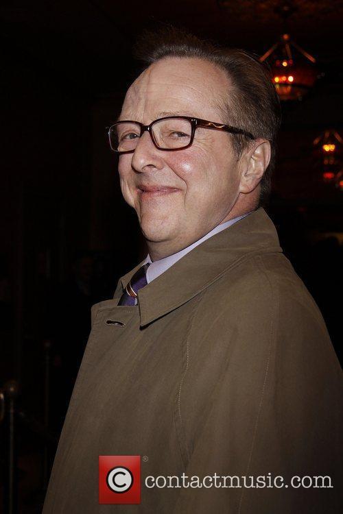 Edward Hibbert 3