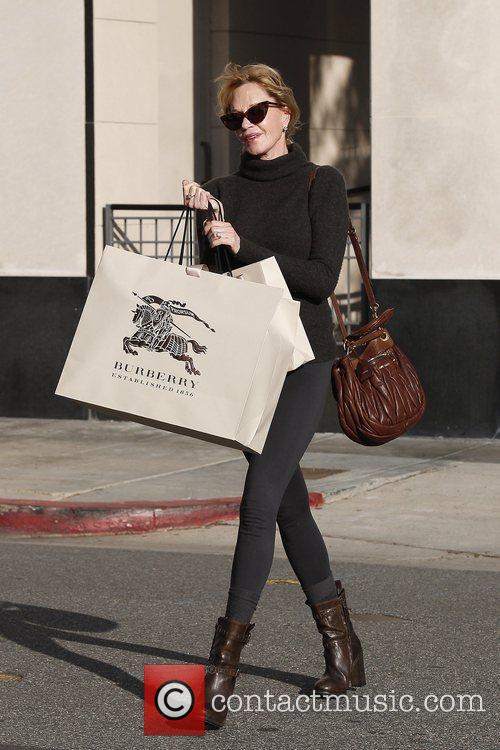 melanie griffith enjoys a day of shopping 5966298