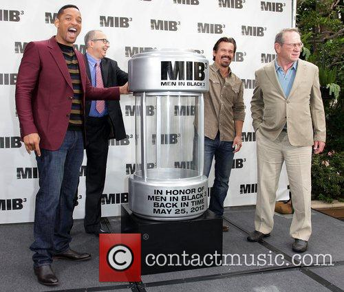Will Smith, Barry Sonnenfeld, Josh Brolin and Tommy Lee Jones 2
