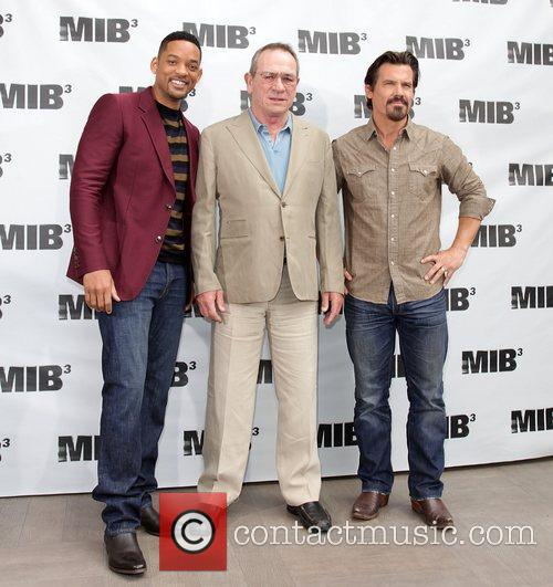 Will Smith, Josh Brolin and Tommy Lee Jones 8
