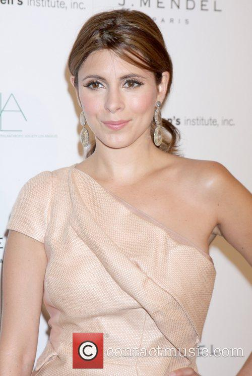 Jamie-Lynn Sigler arrives at the 3rd Annual Autumn...