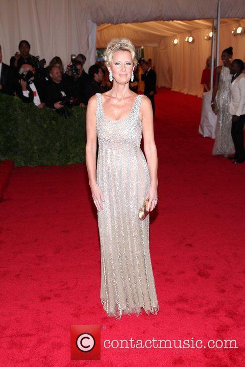 Sandra Lee and Metropolitan Museum Of Art 2