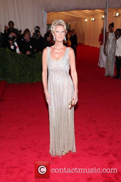 Sandra Lee and Metropolitan Museum Of Art 1