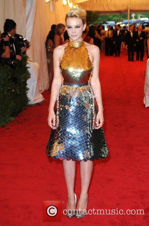 Carey Mulligan and Metropolitan Museum Of Art 1