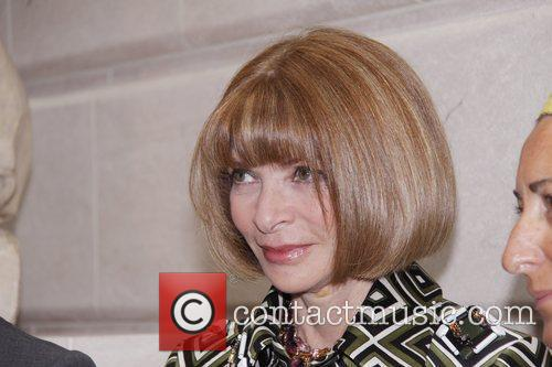 Anna Wintour and Metropolitan Museum Of Art 6