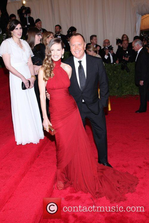 Hilary Swank, Michael Kors and Metropolitan Museum Of Art 4