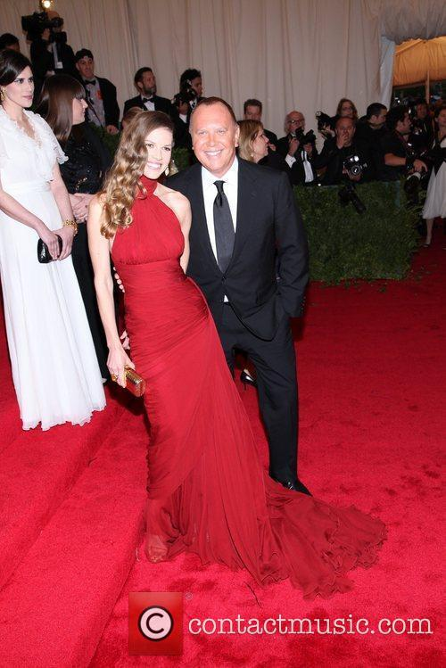 Hilary Swank, Michael Kors and Metropolitan Museum Of Art 5