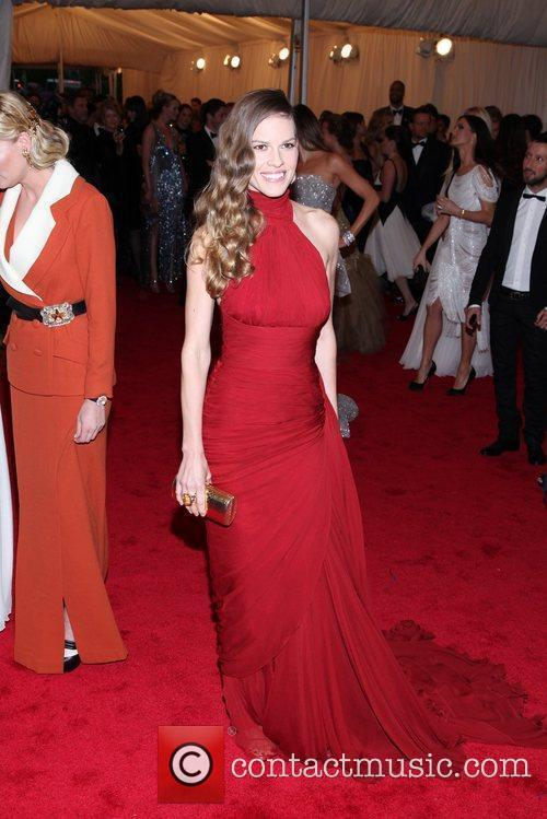 Hilary Swank and Metropolitan Museum Of Art 6