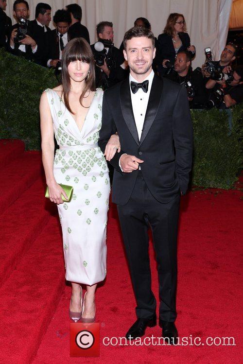 Justin Timberlake, Jessica Biel and Metropolitan Museum Of Art 4