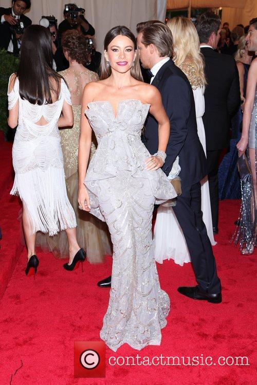 Sofia Vergara and Metropolitan Museum Of Art 1