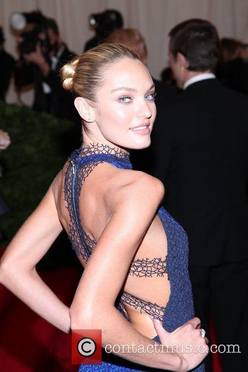 Candice Swanepoel and Metropolitan Museum Of Art 3