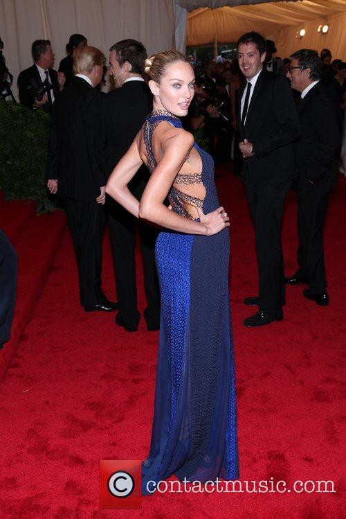 Candice Swanepoel and Metropolitan Museum Of Art 8