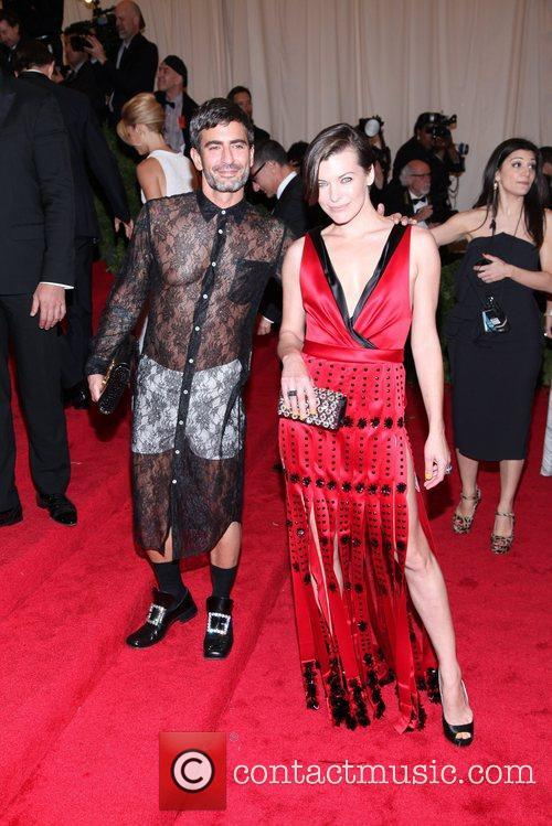 Milla Jovovich, Marc Jacobs and Metropolitan Museum Of Art 1